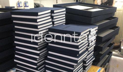 Impresión offset con acabados de lujo